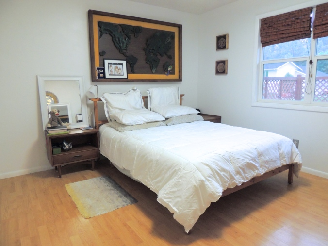 the happy crazy house bedroom