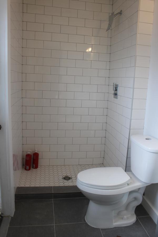 the happy crazy house master bathroom