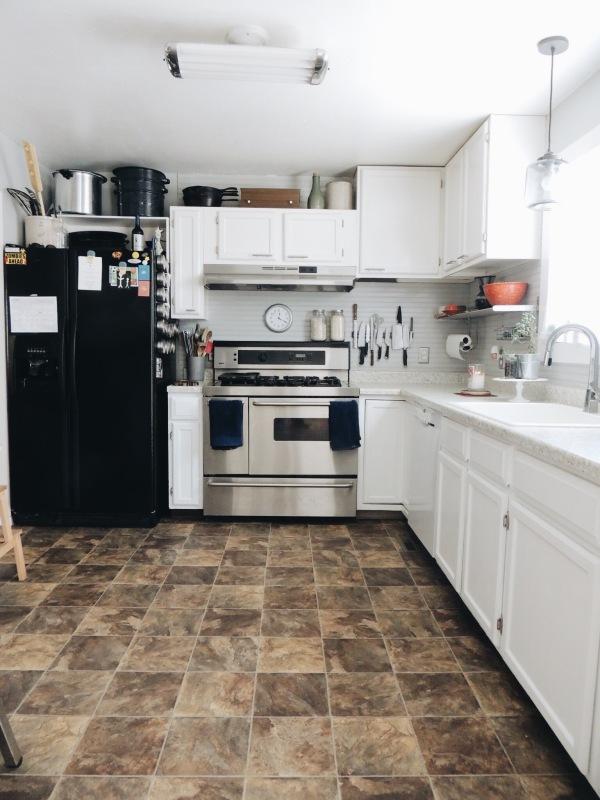 the happy crazy house white kitchen