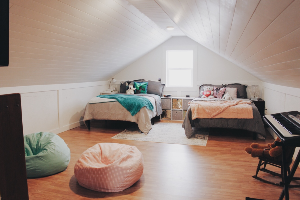 the happy crazy house girls attic bedroom